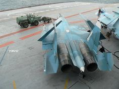 Admiral Kuznetsov – Cleaning the carrier deck with MiG-15 jet engine #admiralkuznetsov #kuznetsov #carrier #russiannavy #navy #military #aviation #vvsrussia #su33 #sukhoi
