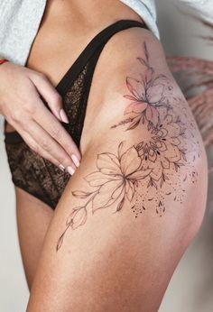 Back Hip Tattoos, Cute Thigh Tattoos, Basic Tattoos, Hip Tattoos Women, Dope Tattoos, Leg Tattoos, Body Art Tattoos, Tattoo Back, Hip Tattoo Small