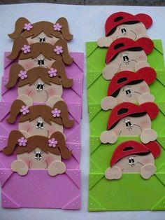 Yaka kartı Kids Crafts, Foam Crafts, Preschool Crafts, Diy And Crafts, Arts And Crafts, Paper Crafts, Class Decoration, School Decorations, Classroom Decor
