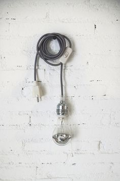 Textile cable lamp with switch and plug  grey by lacasadecoto