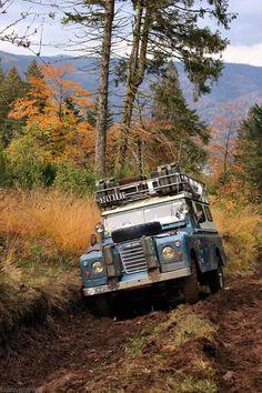 Land Rover 109 Serie III adventure salvage...lol.