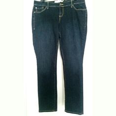 """Torrid 14 Boyfriend Jeans These Torrid size 14 Boyfriend Jeans are in excellent used condition. No fading, pilling, or stains. Inseam: 32"""". Waist: 19"""" across laying flat, so 38"""" around. Rise: 9"""". Like new! 98% cotton, 2% spandex. ::: Bundle 3+ items from my closet and save 30% off when you use the app's Bundle feature! ::: No trades. torrid Jeans Boyfriend"""