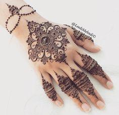 Mehandi Indian Henna Designs, Dubai Mehendi Designs, Latest Henna Designs, Mehndi Style, Mehndi Art, Henna Mehndi, Hand Henna, Mehndi Design Pictures, Mehndi Images
