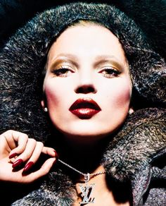 "monsieur-j: ""Louis Vuitton Fall/Winter 2006 Campaign - Kate Moss by Mert & Marcus "" Dark Lips, Through The Looking Glass, Kate Moss, Bridal Looks, Fall Winter, Louis Vuitton, Campaign, Makeup, Beauty"