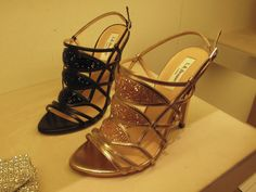 Amanda - this is ALMOST what I was talking about doing w/the Gianvito Rossi bootie the other day....