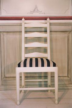 Ekolsund stol från Gustavianska Rummet från Gustavianska Rummet hos ConfidentLiving.se