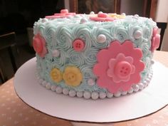 Button and flower cake for Ani's 1st Birthday! I love the color combo.