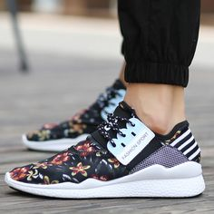 Mens Sneakers Shoe Cheap Scarpa Da Ginnastica Running Shoes Men Sports Sapatos Masculinos Size 39 to 44 Black Blue Red