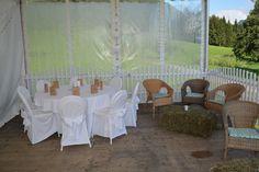 Vintage Wedding in Kärtnen Möbel könnt Ihr bei uns günstig mieten. www.help-org.at