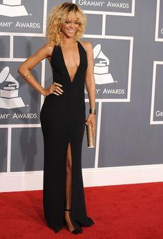 La petite robe noire de Rihanna Robe De Star, Petite Robe Noire, Dentelle, d33e8bb42e83