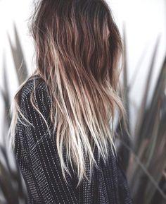 1000 id es sur le th me tie and dye chatain sur pinterest extension a clip couleur blonde. Black Bedroom Furniture Sets. Home Design Ideas