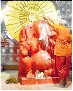 Ganesh-Bath during the Ganpati Janmotsav at Moti Doongri Ganesh Temple. #Jaipur