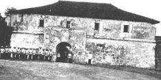 Spanish guard at the main entrance to Cavite Nuevo (now Cavite City) Emilio Aguinaldo, Fort Santiago, Jose Rizal, Filipino Culture, Bataan, Main Entrance, American War, Spanish Colonial, Philippines