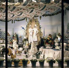 Summer 1989, Hermès 24 Faubourg Saint-Honoré, Paris. #hermes #windows #vitrine