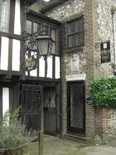 St Mary's House, Bramber, West Sussex, England, an historic 15th century house