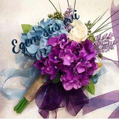 Gelin el çiçeğimiz takım olarakta yapılır taç el çiçeği damat yaka çiçeği