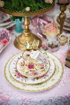 place setting from a vintage tea party on karas party ideas karaspartyideascom
