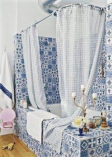 tub+portuguese tiles