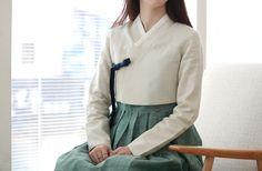 한복을 모티브로 한 캐주얼 브랜드 LEESLE 리슬 Neo-hanbok designs: leesle.co.kr