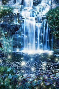 Shimmering cascade