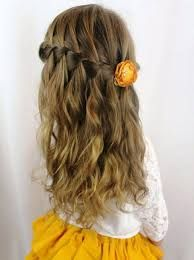 Hairstyle – Tresses : tresse-en-cascade-et-cheveux-legerement-ondules-coiffure-petite-fille-mariage-co Hairstyle Braids: braid-in-cascade-and-hair-slightly-wavy-hairstyle-granddaughter-wedding-co Easy Hairstyles For Long Hair, Modern Hairstyles, Little Girl Hairstyles, Cute Hairstyles, Braided Hairstyles, Wedding Hairstyles, Beautiful Hairstyles, Hairstyle Ideas, Braids For Kids