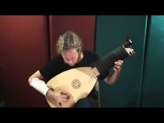Here is a great video of John Schneiderman, playing the  Sonata in D Minor: Gigue by Silvius Leopold Weiss. ENJOY!!