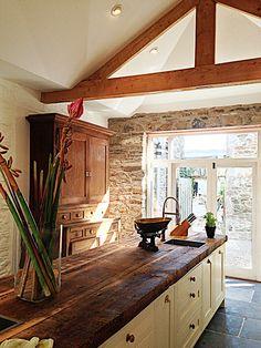 Devon Farmhouse Kitchen2