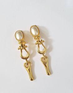 05c6b347587 41 Best Vintage Earrings images
