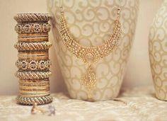 Beautiful jewellery nd bangles....