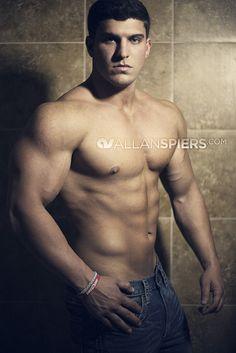 Justin Miale