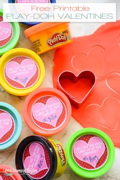 Free Printable Play-Doh Valentines, sized perfectly for the party-packs of Play-Doh! Fun, non-candy Valentine's treat.