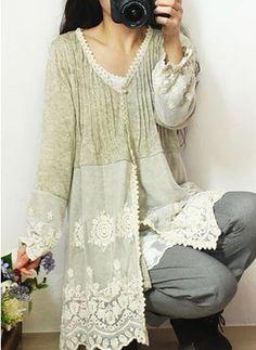 Picture end result for upcycle cardigan lace - Refashion Diy Fashion, Ideias Fashion, Womens Fashion, Fall Fashion, Fashion Tips, Bohemian Style, Boho Chic, Gypsy Style, Shabby Chic