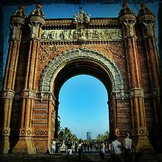 Barcellona, Arco di Trionfo #InstagramYourCity #igersbarcelona #barcelona #bcn #webstagram #architecture @Social Media Week