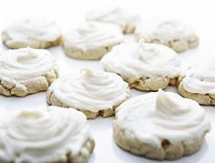 My favorite sugar cookies. They are sweet and soft and the cream cheese frosting makes them perfect. Soft Sugar Cookies, Yummy Cookies, Cupcake Cookies, Cookie Desserts, Dessert Recipes, Cookie Recipes, Baking Recipes, Cream Cheese Cookies, Cream Cheese Icing