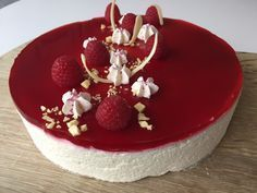 Cheesecake med hindbær & hvidchokolade