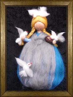 ACHTUNG : KEIN Spielzeug !!! Nur zur Dekoration !!!    Allerliebst anzuschaun ist dieses Aschenputtel mit seiner grauen Schürze, das seine Freunde,die