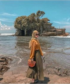 Ideas Casual Camping Outfits Fashion For 2019 Hijab Fashion Summer, Modern Hijab Fashion, Street Hijab Fashion, Muslim Fashion, Fashion Outfits, Fashion Fashion, Hijab Casual, Ootd Hijab, Hijab Dress