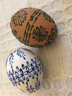 Easter Food, Easter Gift, Easter Recipes, Easter Crafts, Easter Eggs, Paint Drop, Easter Traditions, Egg Decorating, Resin