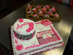Attractive Pink Safari Baby Girl Shower Cake Like The Bottom Half Of The Cake Minus  The Round