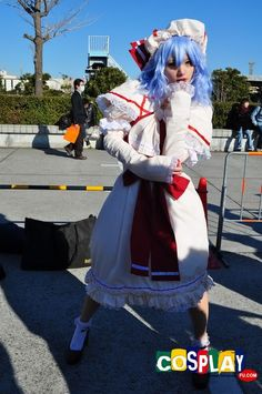 Remilia Scarlet Cosplay from Touhou Project in Comiket 81 2011 Tokyo