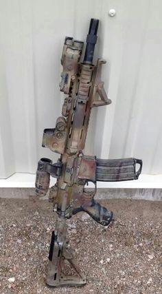 Love this finish. Military Weapons, Weapons Guns, Guns And Ammo, Ar Rifle, M4 Carbine, Battle Rifle, Gun Art, Custom Guns, Assault Rifle