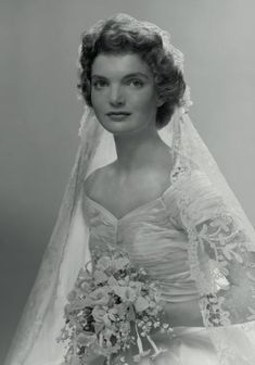 1953 wedding of Jacqueline Lee Bouvier to John Kennedy, who became the 35th President (1961-1963)