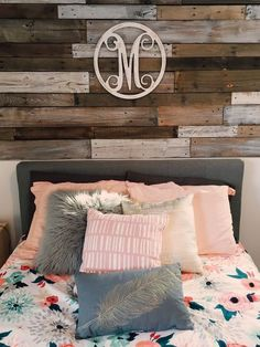 Decorating your dorm room is probably one of the most exciting parts about moving in to college. But, it can also be the most hectic part. If you consider yourself to have a preppy style, your dorm room will probably have lots of stripes, florals, patterns...