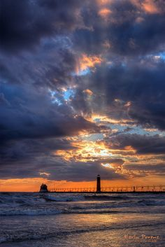 Grand Haven Lighthouse These colors are magnificent!