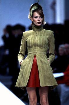 Angelika Kallio Show Claude Montana - Spring 1996