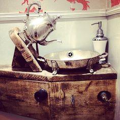 #teapot #sink #tap #wonderlandhouse #aliceinwonderland #hendo #brighton #magic