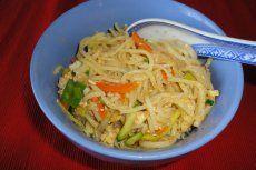 Paradeiskraut Rezept | GuteKueche.at Zucchini Puffer, Kraut, Food, Meat, Deli Food, Vegetarian Recipes, Clean Foods, Essen, Meals