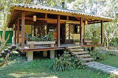cabana de madeira com vidro e varanda - Pesquisa Google