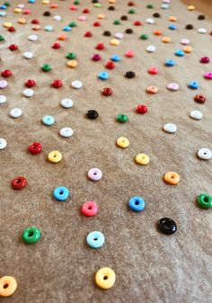 DIY Perler Bead Jewelry - Honestly WTF Diy Perler Bead Necklace, Diy Perler Beads, Pearler Beads, Fuse Beads, Diy Necklace, Necklace Ideas, Diy Bracelets Plastic, Wish Bracelets, Plastic Beads