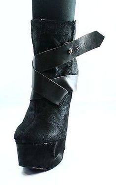 LONDON TRASH NEW Black Monsta Women's 6.5M Platform Ankle Bootie $249- #298 DEAL